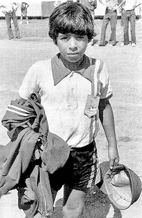 Diego-Maradona-in-his-childhood