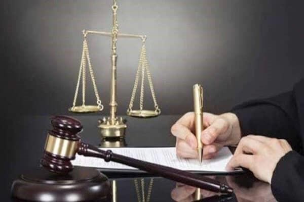مشاور حقوقی
