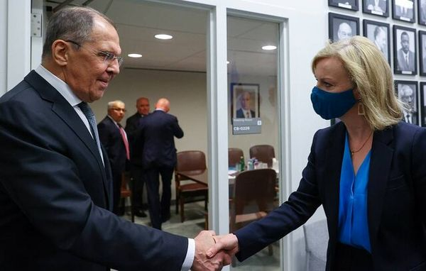 گفتوگوی وزرای خارجه انگلیس و روسیه درباره احیای مذاکرات وین