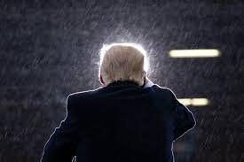 آکسیوس: اعلام کاندیداتوری برای ۲۰۲۴ از سوی ترامپ یعنی اقرار به پایان کار