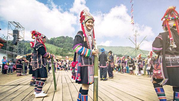 رشد در پساکرونا با رونق گردشگری