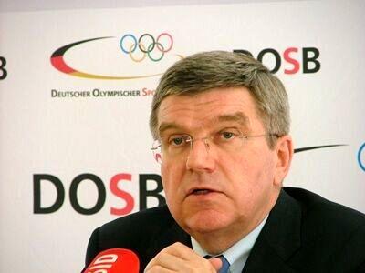 انتقاد تند  رییس کمیته بین المللی المپیک به حذف تماشاگران از این رویداد