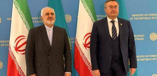 تاکید بر گسترش روابط ایران و قزاقستان در دیدار ظریف با مقامات این کشور+عکس