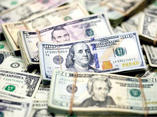 پارازیت سیاسی روی موج دلار
