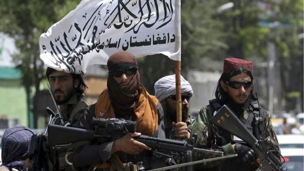 اقدام عجیب طالبان در حذف شعار ارتش افغانستان کرد! + عکس