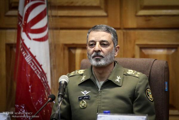 فرمانده کل ارتش: انتخاب فرد اصلح در انتخابات، پیش شرط قویتر شدن است