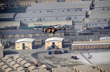 حمله راکتی به پایگاه نظامیان آمریکا در افغانستان