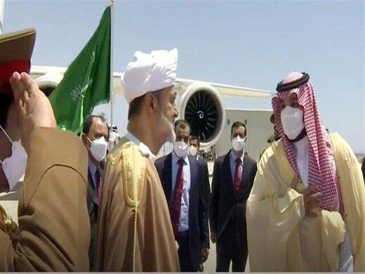 استقبال ولیعهد سعودی از سلطان عمان/عکس