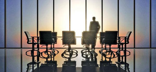 چه تفاوتی بین یک مدیر ارشد اجرایی  و یک کارآفرین وجود دارد؟
