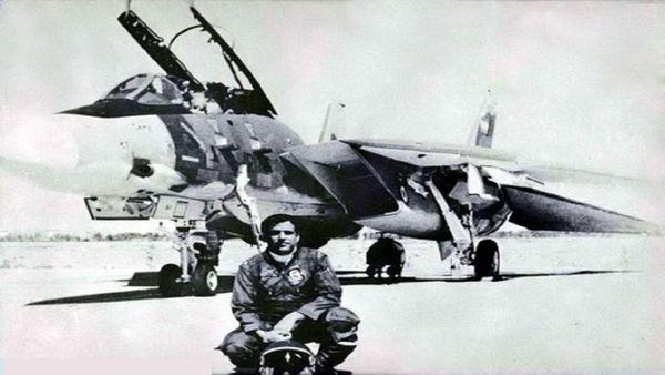 خلبان شهیدی که در خلیج فارس مدفون شد + تصاویر