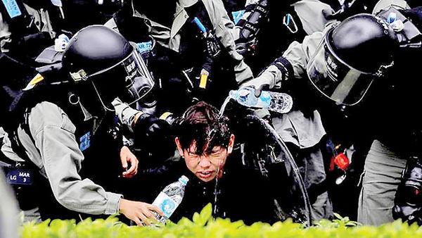 نیروهای امنیتی پکن در هنگکنگ