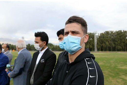 حمایت وریا غفوری از 2 پزشک استقلال+ عکس