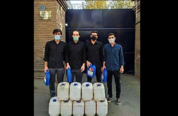 اهدای سوخت به انگلیسیها توسط دانشجویان ایرانی!+عکس