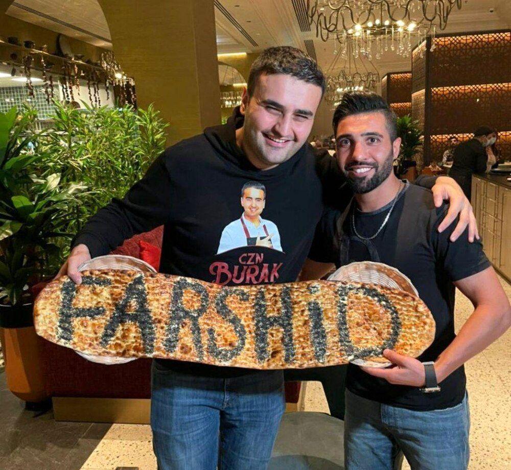 دیدار بازیکن جنجالی استقلال با آشپز معروف ترکیهای/عکس