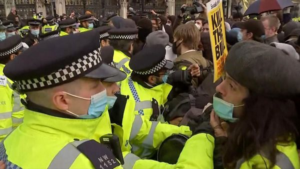 درگیری در تظاهرات ضدنژادپرستی در لندن