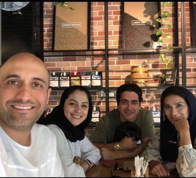 عکس | سلفی علی سرابی در کنار مارال بنیآدم، همایون شجریان و سحر دولتشاهی