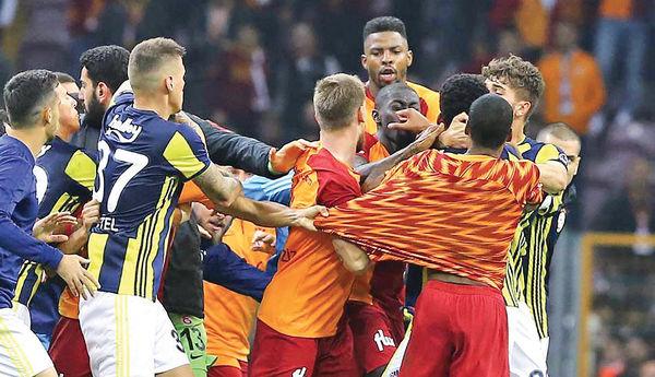 کتککاری در دربی استانبول
