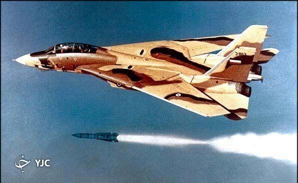 کدام خلبانان ایرانی با یک موشک سه فروند هواپیمای عراقی را سرنگون کردند؟