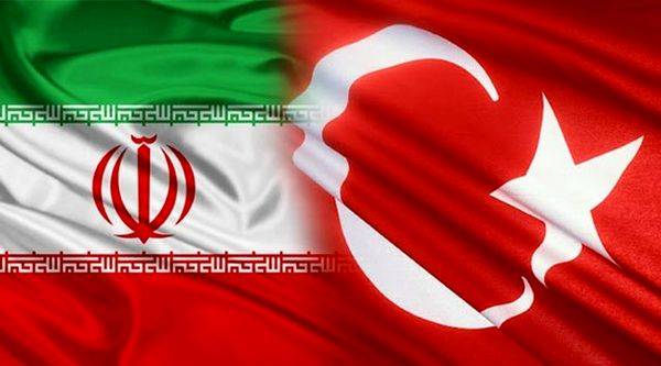روحانی: ایران و ترکیه نقش مهمی در حل مشکلات منطقه دارند