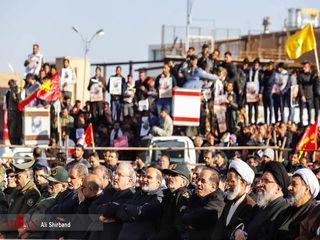 کدام شخصیتها در مراسم تشییع حاج قاسم سلیمانی در کرمان حضور دارند؟