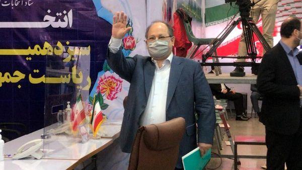 ثبت نام محمد شریعتمداری در انتخابات ۱۴۰۰