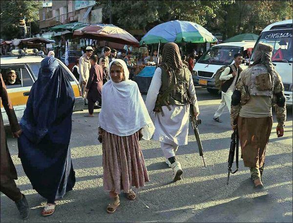 روایت خبرنگار همشهری از سفر به امارت اسلامی افغانستان