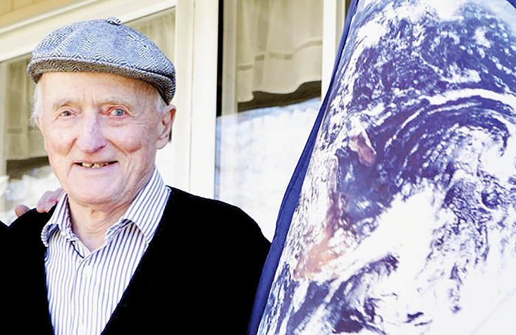 جان مککانل موسس «بنیاد انجمن زمین»