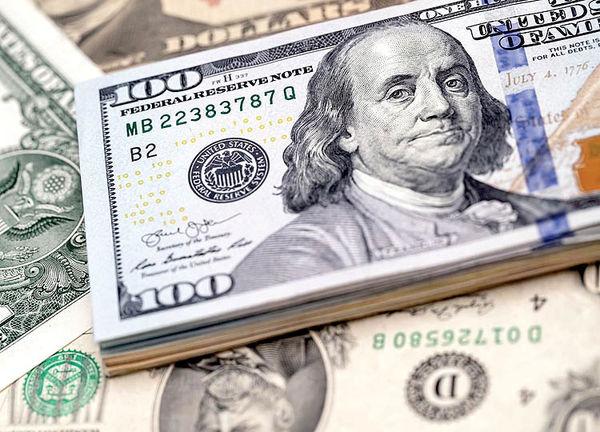 خروج نهنگها از بازار دلار