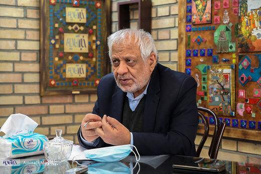 احمدی نژاد می تواند گذشته اش را جبران کند؟ /بادامچیان: برای ریاست جمهوری من ارجح هستم
