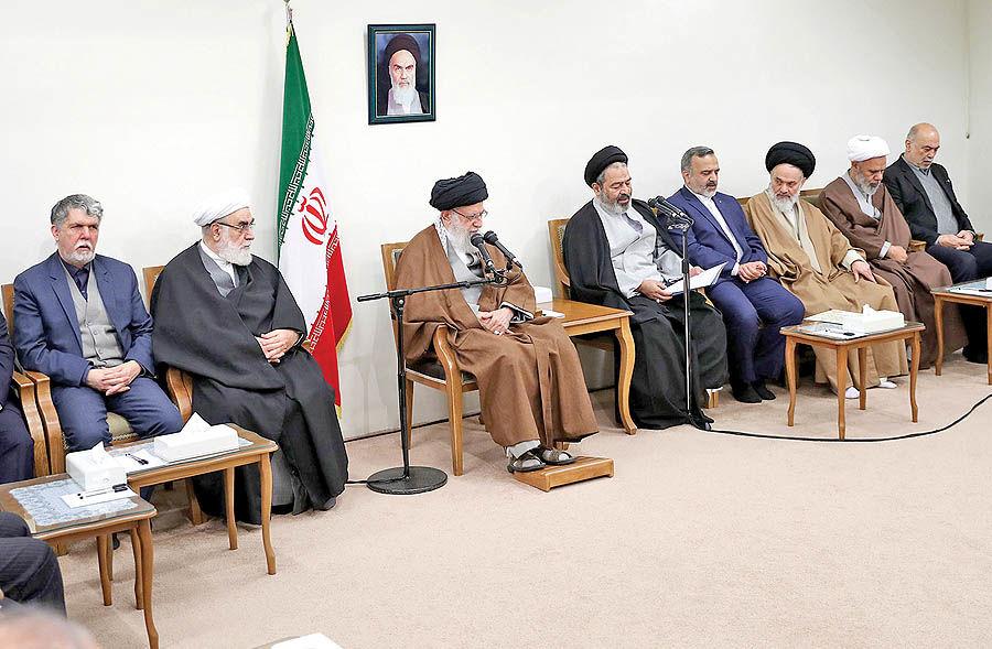 ایستادگی ملت ایران، آمریکا را عصبانی کرده است
