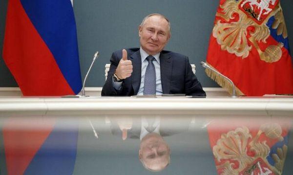 پوتین قانون ابقای خود تا سال ۲۰۳۶ را امضا کرد