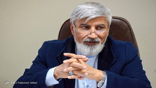 اعلام کاندیداتوری رئیسی از کنار مزار شهید سردار سلیمانی