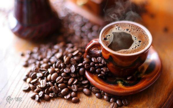 خطرات نوشیدن قهوه در این زمان را جدی بگیرید