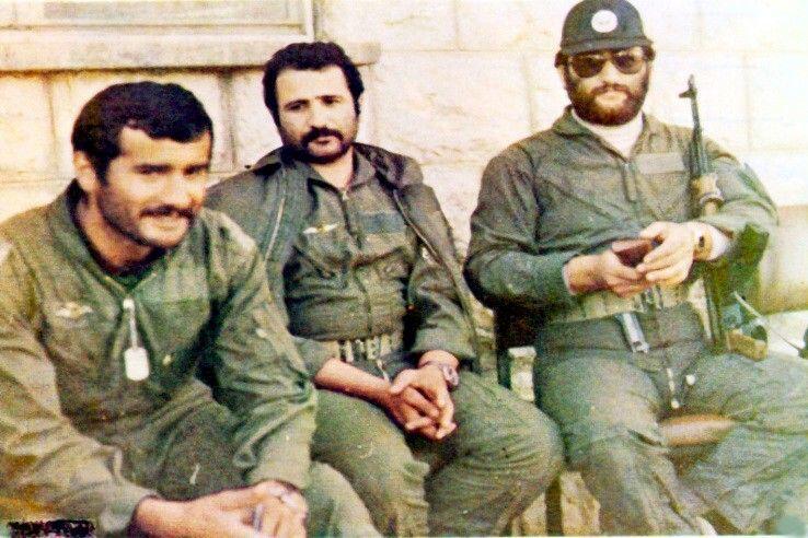 تنها نظامی که رهبر انقلاب در نماز جماعت به او اقتدا کرد + عکس