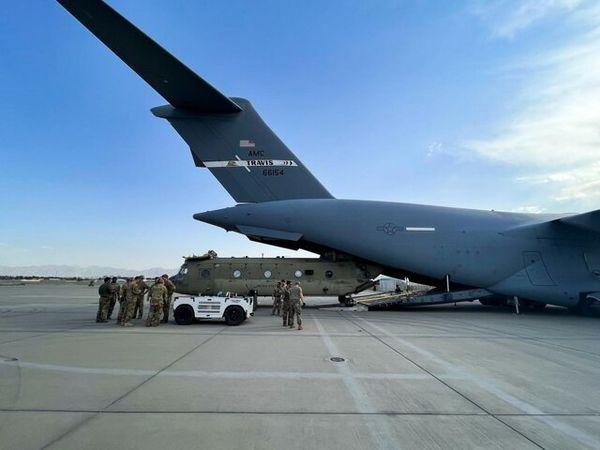 آخرین ساعات حضور نظامیان آمریکایی در افغانستان و خروجشان چطور گذشت؟