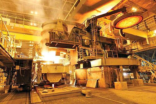 طرحهای توسعه 15هزار میلیارد تومانی فولاد هرمزگان