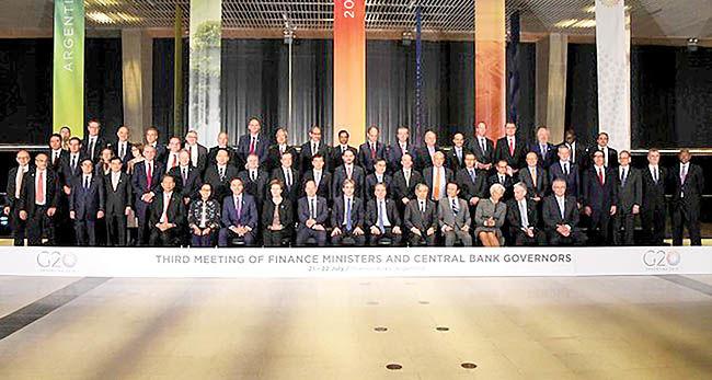 آینده مبهم تجارت جهانی