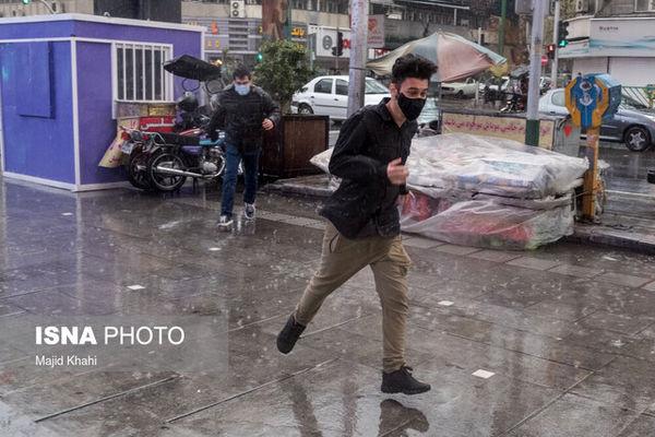 رگبار باران و وزش باد شدید در ۱۲ استان کشور