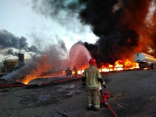 توضیحات فرماندار شهرری درباره آتش سوزی در پالایشگاه تهران