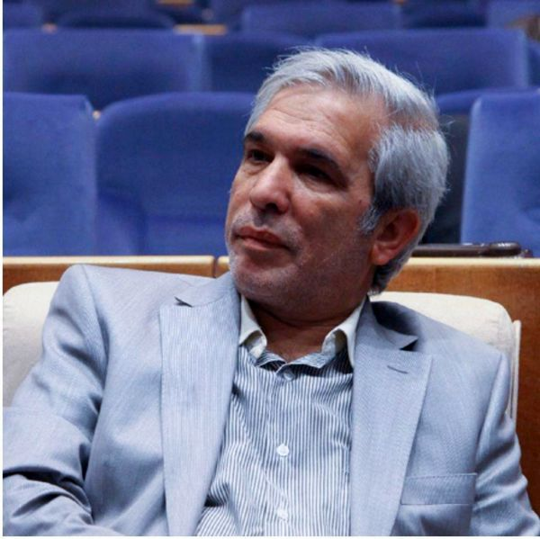 مدیر مسئول دنیای اقتصاد رحلت حاج قاسم شفیعی را تسلیت گفت