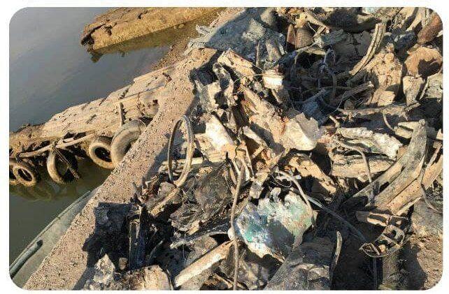 تحویل باقیمانده اجزای هواپیمای خلبان شهید بیرجند بیکمحمدی به ارتش/ عکس