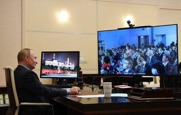 """واکنش کرملین به ادعاهای مربوط به دفاتر """"مشابه"""" پوتین"""