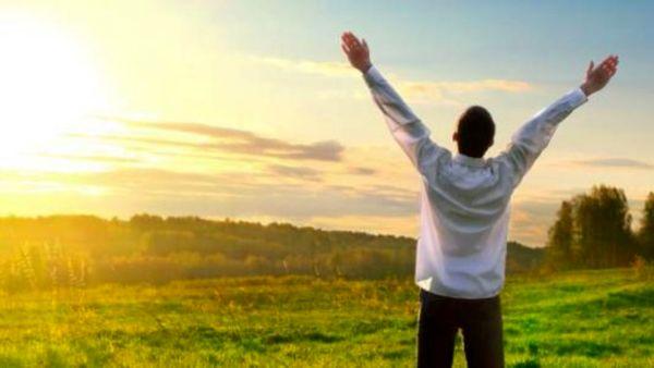 در این مقطع سنی انسان بیشترین حس خوشبختی را دارد!