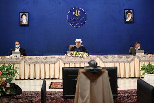 روحانی: صادرکنندهای که ارز را وارد بازار نکند خائن است /مراسم عروسی و عزا تا اطلاع ثانوی تعطیل است