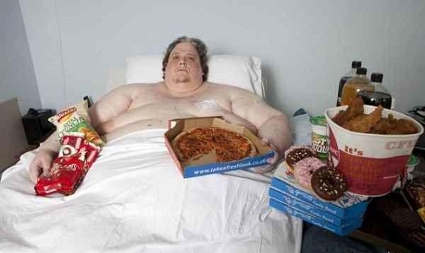 چاقترین مرد جهان را ببینید/ عکس