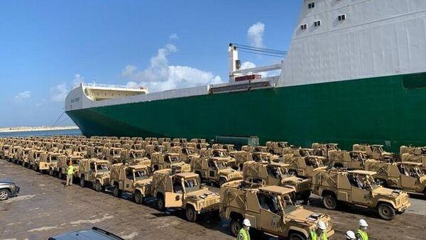 تحویل ۱۰۰ دستگاه خودروی زرهی به ارتش لبنان توسط انگلیس