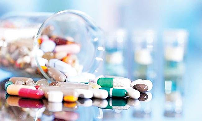 تقابل دو نگاه برای ارز دارو