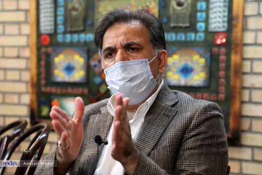 آخوندی: رئیس جمهور آینده بپذیرد مسائل محلی به مردم آن شهر واگذار شود