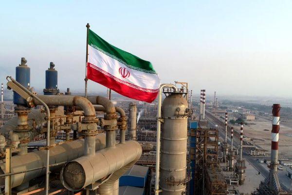 گزارش رویترز از افزایش چشمگیر صادرات نفت ایران