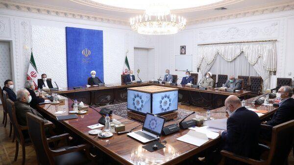 برگزاری نخستین نشست مشورتی دولت و مجلس در مورد بودجه 1400 با حضور روحانی و قالیباف